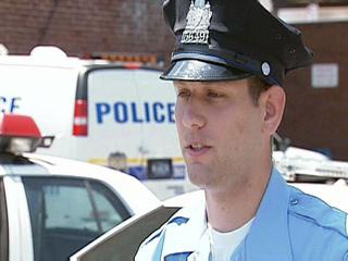 police_officer_palowski_20090213214048891_320_240